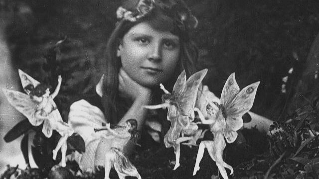 Frances Griffiths With The Cottingley Fairies