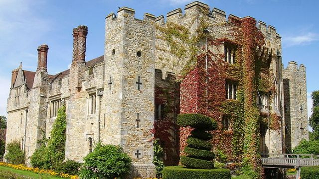 Hever Castle A Gift From Henry VIII To Anne Of Cleves